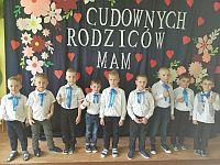 d0eaaa3ba6ffec W naszym przedszkolu odbyły się niezwykłe uroczystości. Wspaniałymi gośćmi  byli Rodzice, dla których nasze dzielne przedszkolaki przygotowały piękną  ...