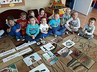 """ce47bc5d4863b1 Nasze przedszkole bierze udział w projekcie """"Bliżej pieska"""". Podczas  realizacji projektu dzieci mogą nieść pomoc potrzebującym zwierzakom oraz  uczyć się jak ..."""